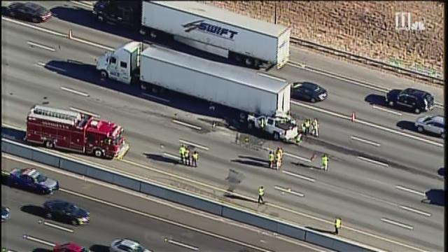 5 I-75 NB lanes closed at Windy Hill due to fatal crash