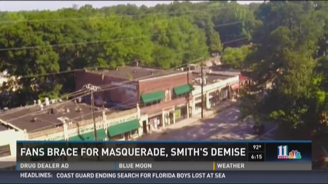 Fans brace for demise of Masquerade, Smith's Olde Bar