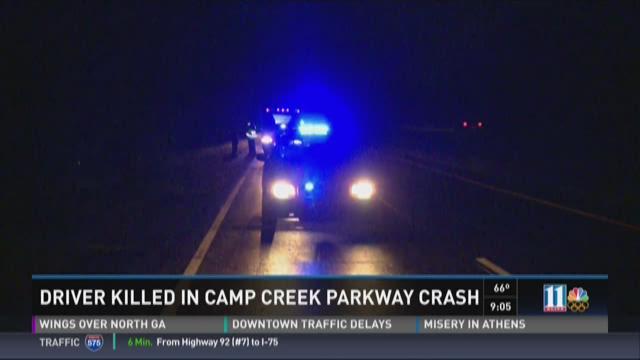 1 dead in Camp Creek Parkway wreck